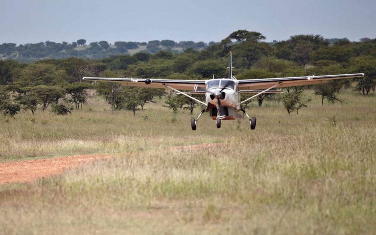 Anflug bei Kleins Camp Serengeti Tansania