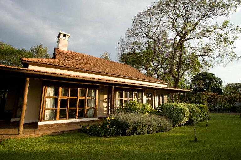 Camps & Lodges in Arusha und seinem Nationalpark: Arusha Legendary Lodge