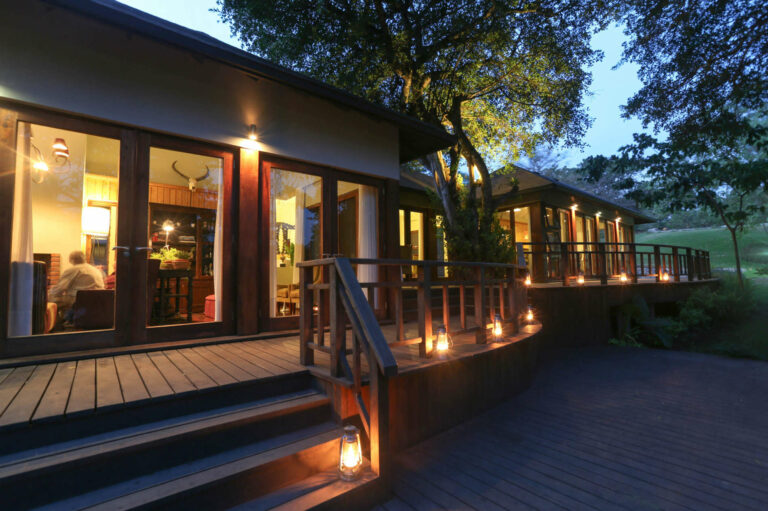 Camps & Lodges in Arusha und seinem Nationalpark: Lake Duluti Lodge