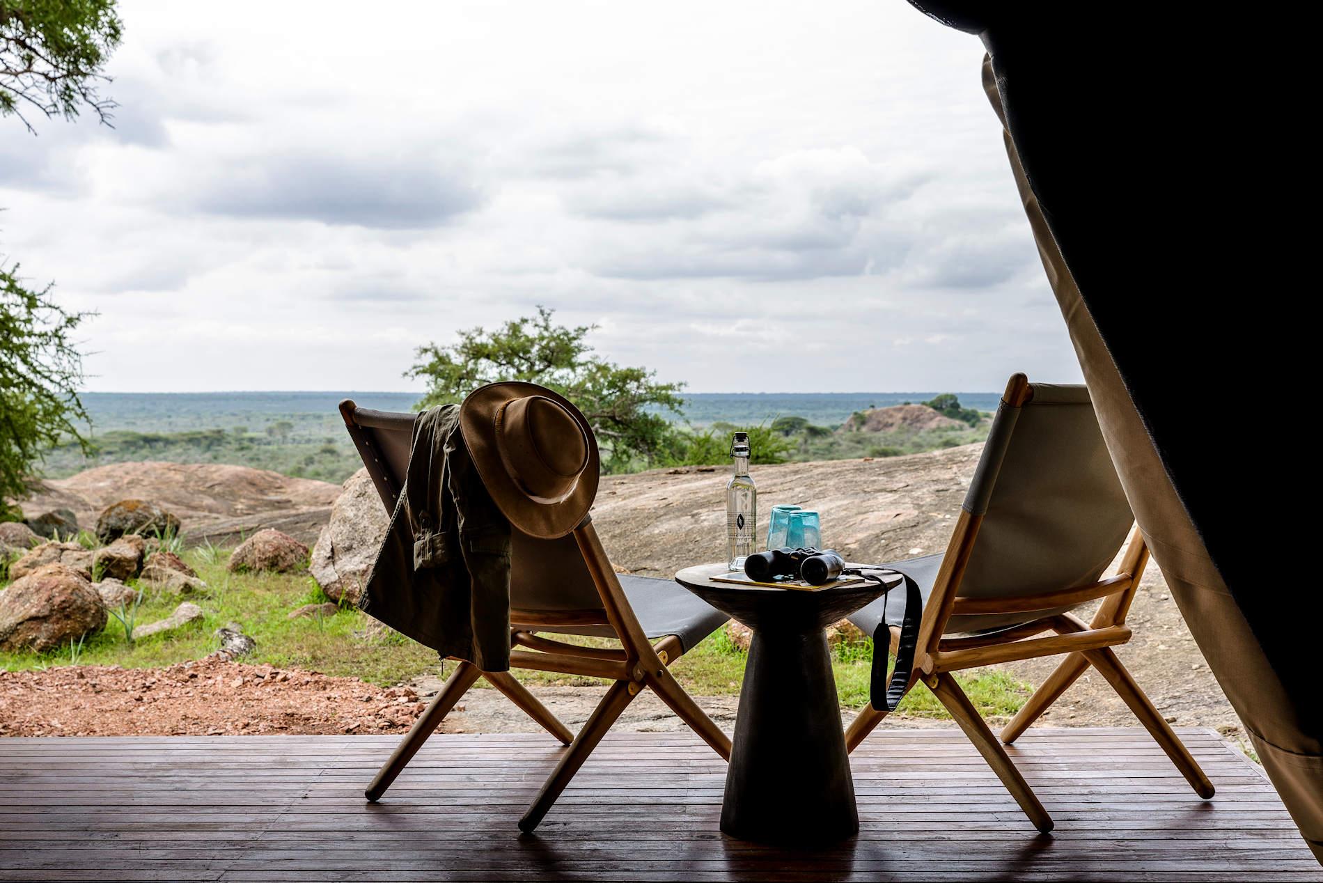 Terrasse, Sanctuary Kichakani Serengeti Camp, Tansania