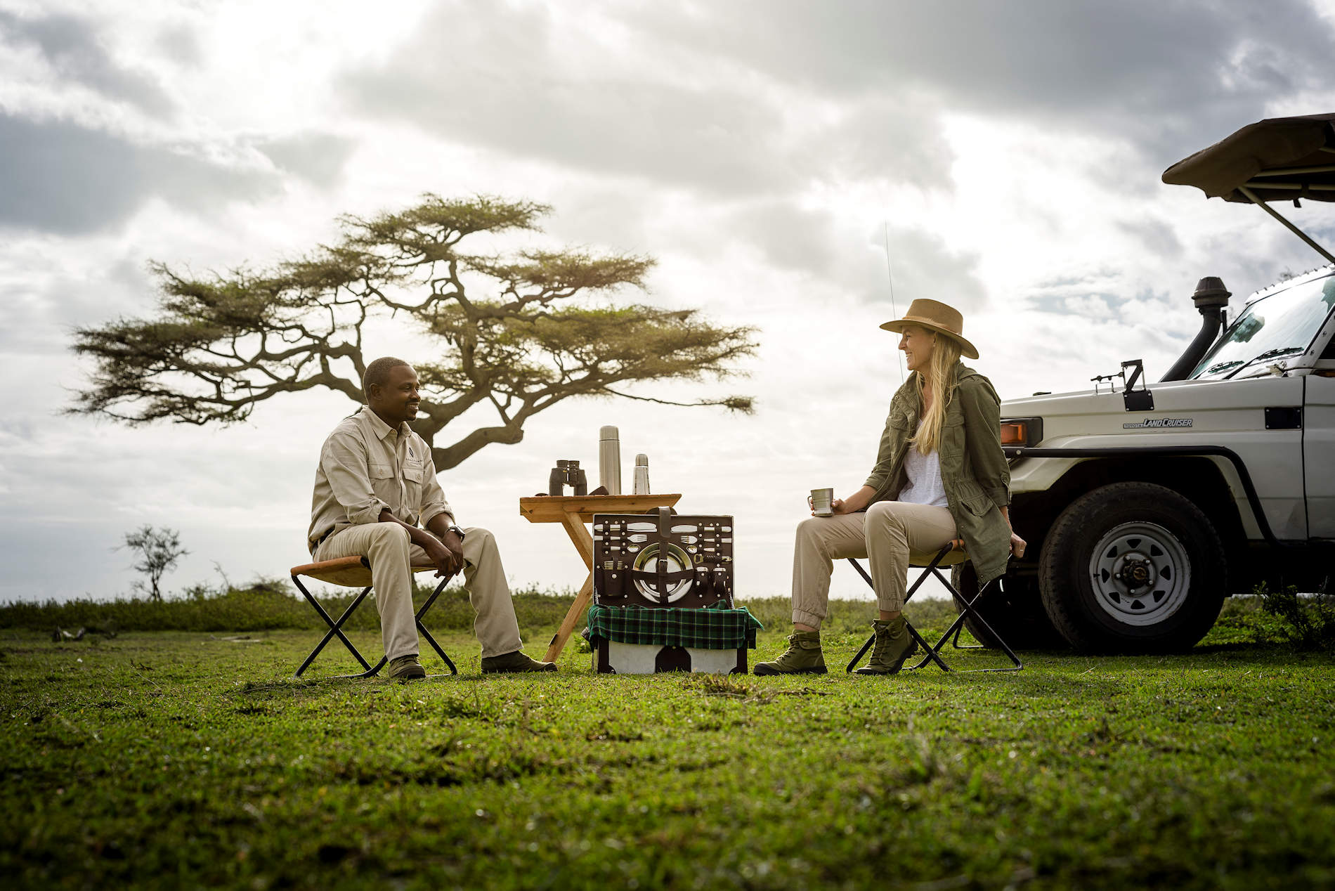 Kaffeepause, Sanctuary Kichakani Serengeti Camp, Tansania