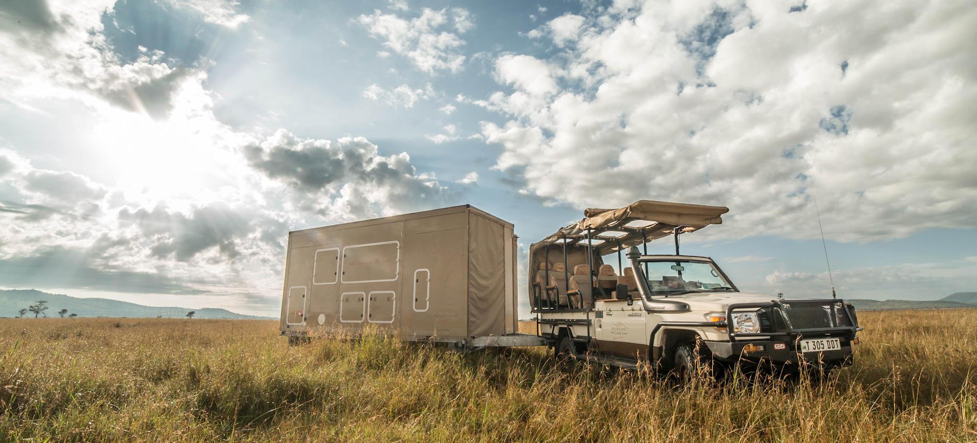 Pirschfahrt, Roving Bushtops Serengeti, Tansania